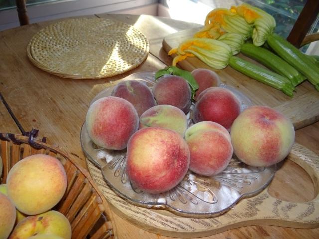 peaches & zucchini