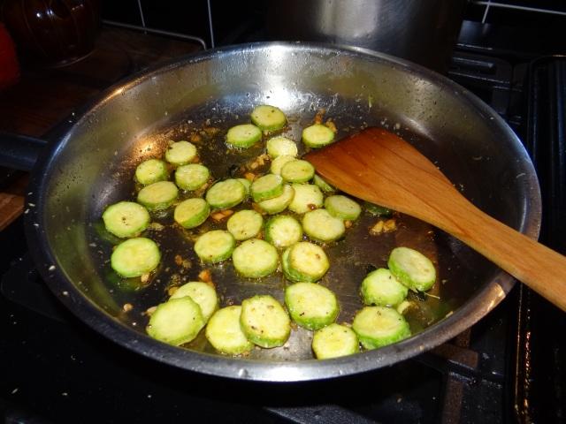 zucchini,thyme & lemon