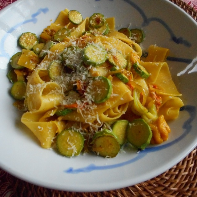 saffron pasta with zucchini & flowers